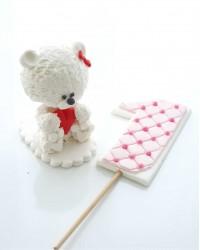 Сахарная фигурка из мастики «Мишка на годик для девочки», Казахстан