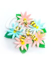Сахарные цветы из мастики «Пчелки на ромашках », Казахстан